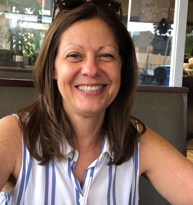 2021 Suzanne Wolf